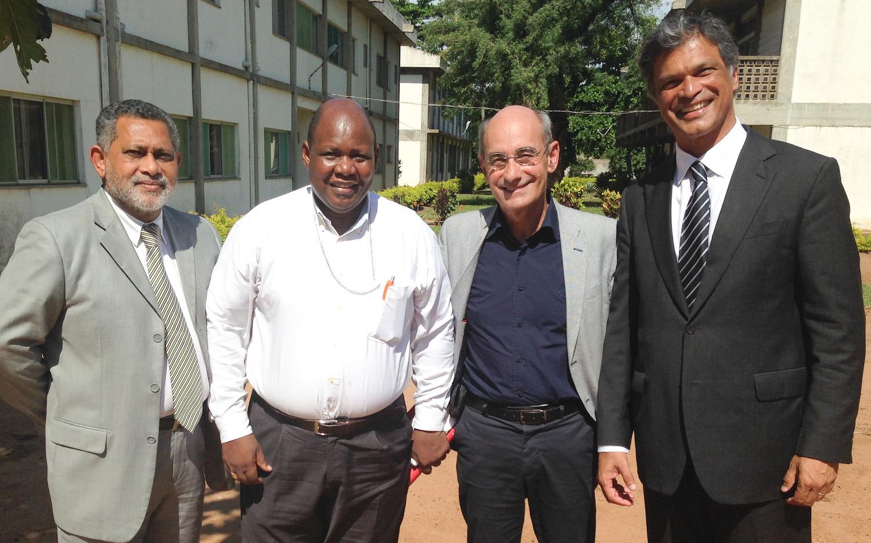 Comissão dos Bons Sinais, na Matola com o Bispo de Quelimane